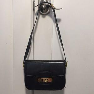 Celine vintage shoulders bag